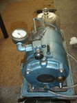 Vacuum pump with bell jarr for degassing